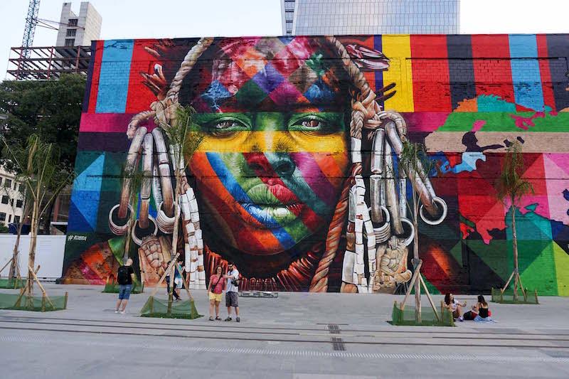 I Piu Bei Murales.Street Art Da Guinness Il Murales Piu Grande Del Mondo A Rio De