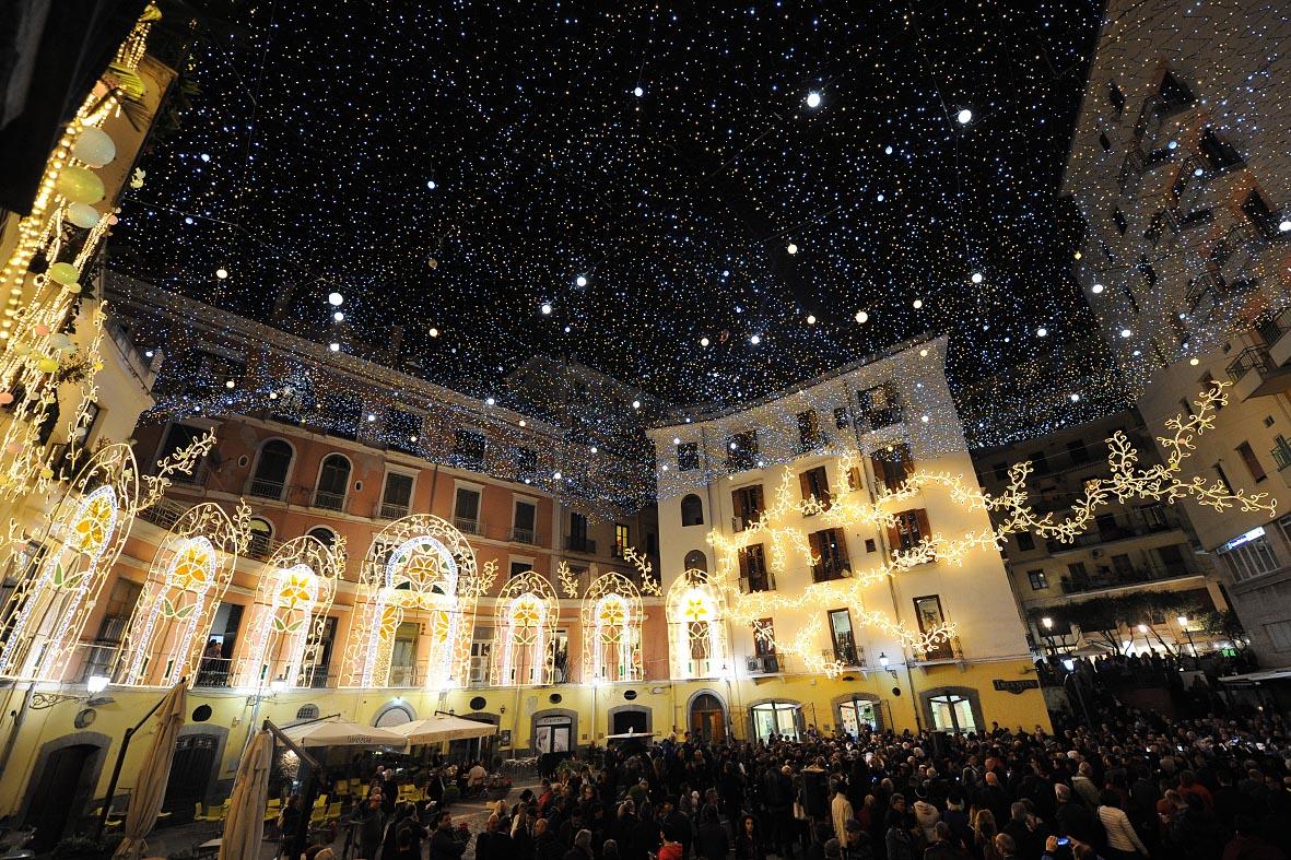 Natale: le luminarie più belle del mondo - Salerno