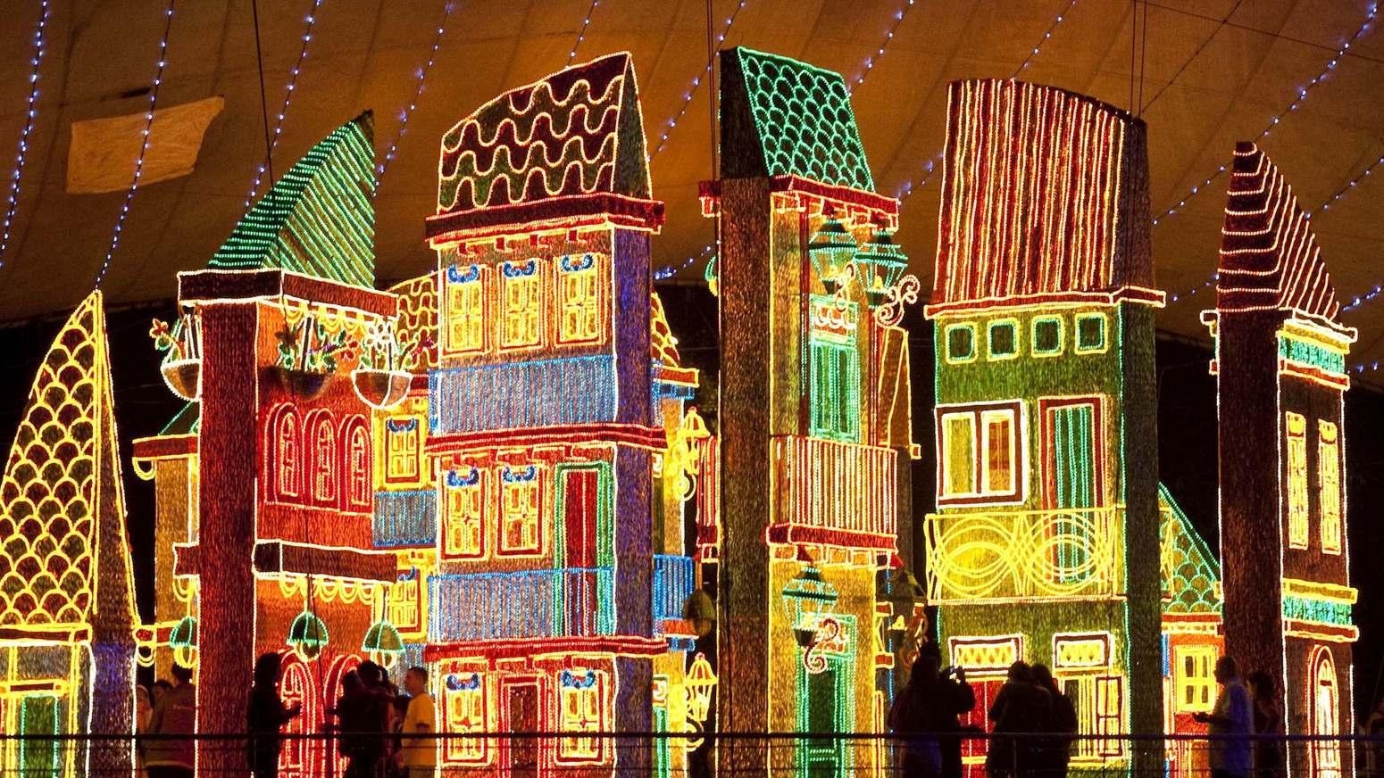 Natale: le luminarie più belle del mondo - Medellin