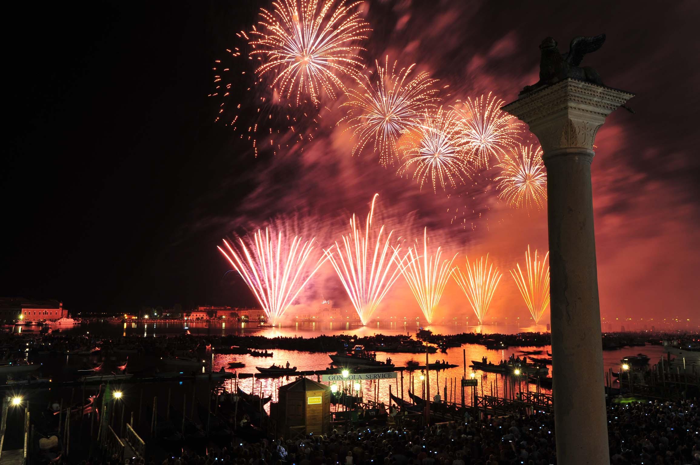 Capodanno: i fuochi d'artificio più belli del mondo - Venezia
