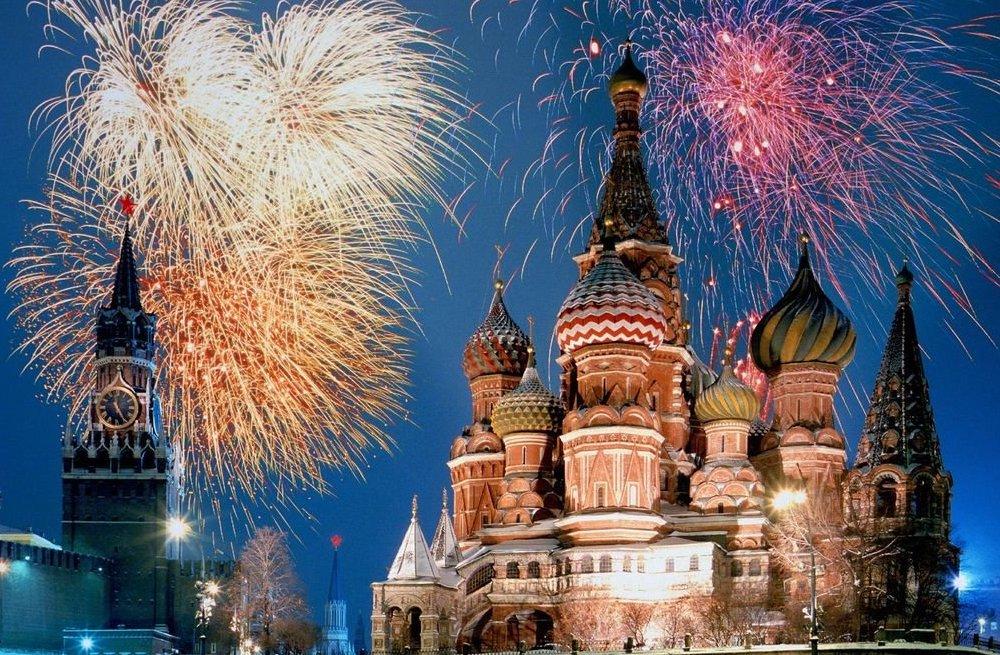 Capodanno: i fuochi d'artificio più belli del mondo - Mosca