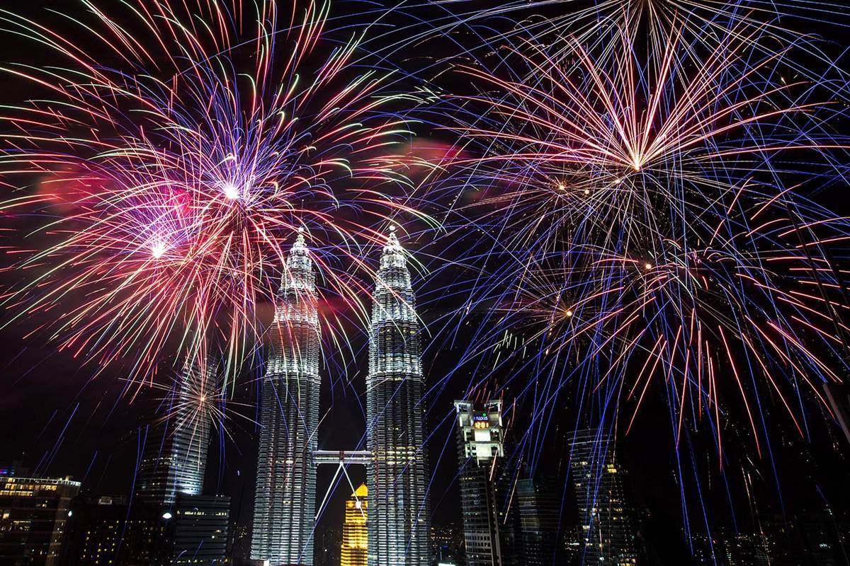 Capodanno: i fuochi d'artificio più belli del mondo - Kuala lumpur