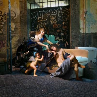 L'Arte del collage: personaggi rinascimentali nel cuore di Napoli - Alexey Kondakov