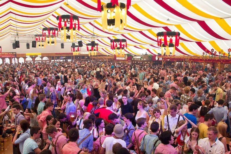 Le feste di Primavera nel mondo - Frühlingsfest, Stoccarda