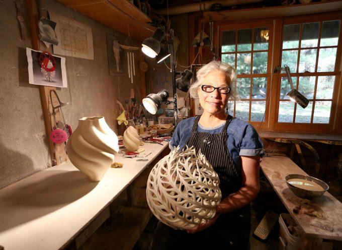Le porcellane fluide di Jennifer McCurdy