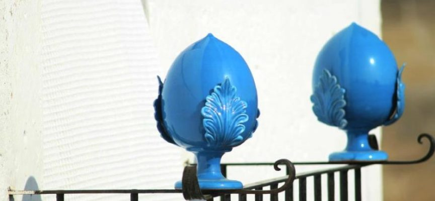 Ceramica porta fortuna il pumo pugliese thesignofcolor - Pomo porta fortuna ...