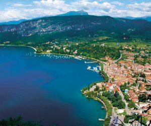 Lombardia, blu come i suoi laghi