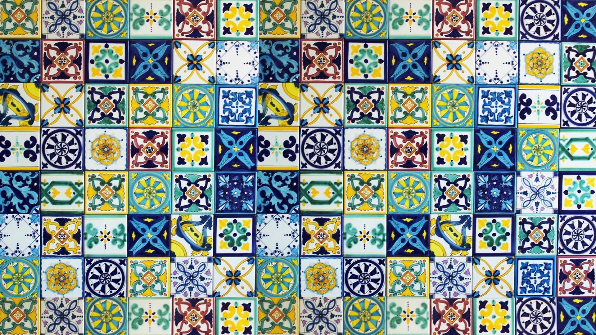 La storia della ceramica thesignofcolor for Piastrelle maiolica cucina